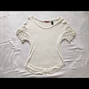 Cream BKE Shirt